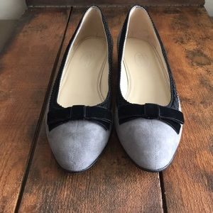 NWOT!! Talbots suede and velvet bow tie flats.